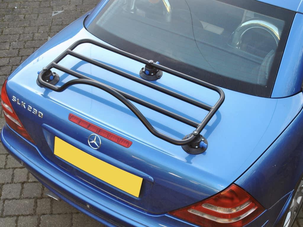 bleu mercedes benx slk r170 avec porte-bagages monté