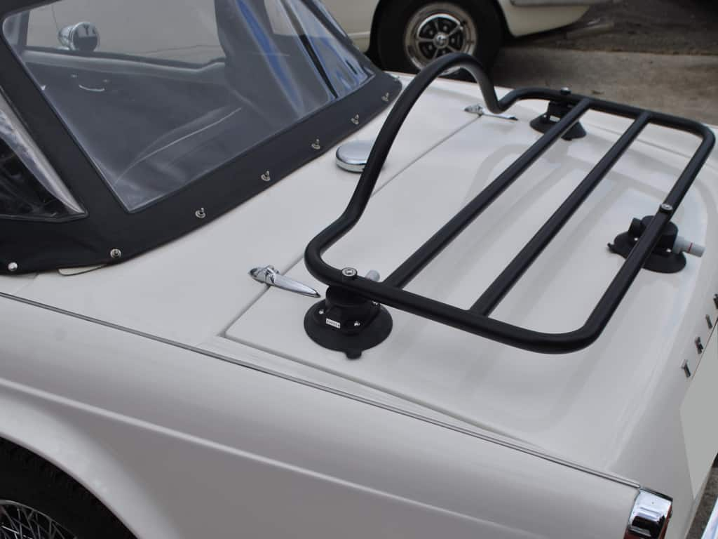 tr luggage rack
