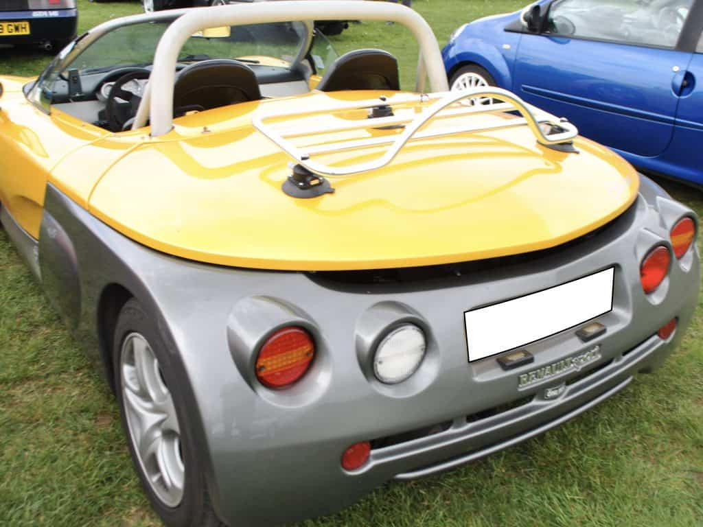 revo-rack pa luggage rack fitted to a renault sport spyder
